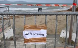 De nouvelles plages de la région marseillaise souillées par du pétrole