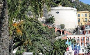 Dans la capitale azuréenne, la Tour Bellanda inaugure ce soir à 21h30 ses tout nouveaux éclairages extérieurs à led.
