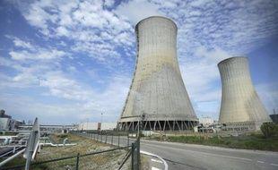 """Secouée par l'accord entre socialistes et écologistes sur le nucléaire, la filière française tire depuis mardi soir la sonnette d'alarme sociale et industrielle, en agitant la menace de milliers d'emplois perdus et """"la fin du leadership"""" de la France dans l'atome."""
