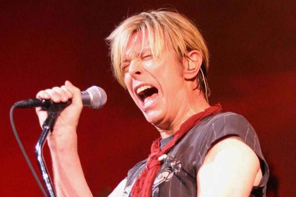 Ses timbres partent dans l'espace — David Bowie