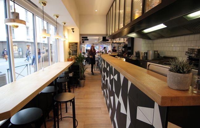 L'ancien Papagayo a été entièrement redécoré pour laisser place au restaurant Le Gourmet en ville.