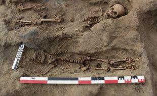 Site archéologique de Pampa la Cruz Pérou 310x190_equipe-archeologues-mis-jour-perou-restes-227-enfants-sacrifies-selon-rituel-culture-precolombienne-chimu