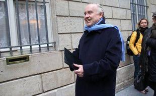 """Dominique Bussereau, ex-ministre des Transports, a jugé qu'il y avait eu, dans la gestion de la crise de la neige par les autorités, du """"bon et du pas bon"""", et a redit que son parti ne demanderait pas d'enquête parlementaire."""