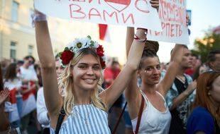 Des femmes biélorusses manifestent