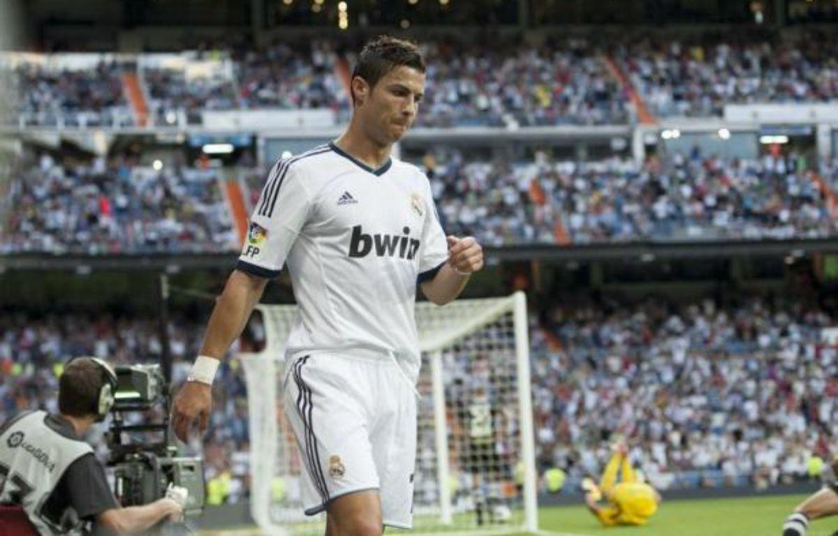 """L'attaquant portugais du Real Madrid Cristiano Ronaldo affirme ne pas être préoccupé par son contrat, répétant que sa """"tristesse"""" exprimée ces derniers jours n'est pas liée à des questions d'argent, dans un message publié mercredi soir sur son compte Facebook. – Dani Pozo afp.com"""