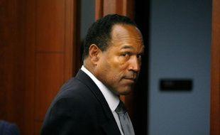 O.J. Simpson quitte le tribunal le 22 septembre 2008 à Las Vegas