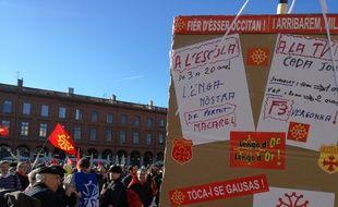 Lors de la manifestation pour la défense de la langue occitane, dimanche 17 janvier à Toulouse.
