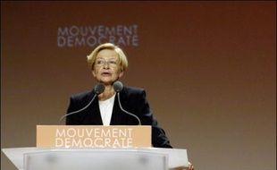 La députée UDF-Mouvement démocrate du Rhône, Anne-Marie Comparini, plus que jamais fidèle à François Bayrou, refuse toute alliance avec la gauche pour les législatives, mais elle devra en obtenir les suffrages pour espérer conserver son siège dans la 1ère circonscription.