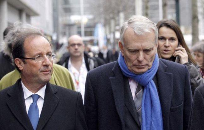François Hollande et Jean-Marc Ayrault, à Nantes, le 19 janvier 2011.