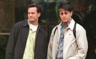 Chandler (Matthew Perry) et Joey (Matt le Blanc) dans la série culte «Friends».