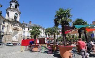 La place de la Mairie à Rennes, ici lors de l'événement Transat en ville.