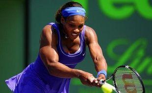 L'Américaine Serena Williams s'est adjugée son 40e titre WTA et son premier sur terre battue depuis quatre ans en corrigeant 6-0, 6-1 en seulement 59 minutes la Tchèque Lucie Safarova, dimanche en finale du tournoi de Charleston (Caroline du Sud)