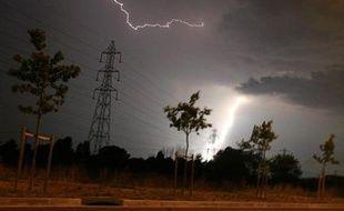 La foudre tombe sur une ligne électrique, le 27 juillet 2006 à Toulouse