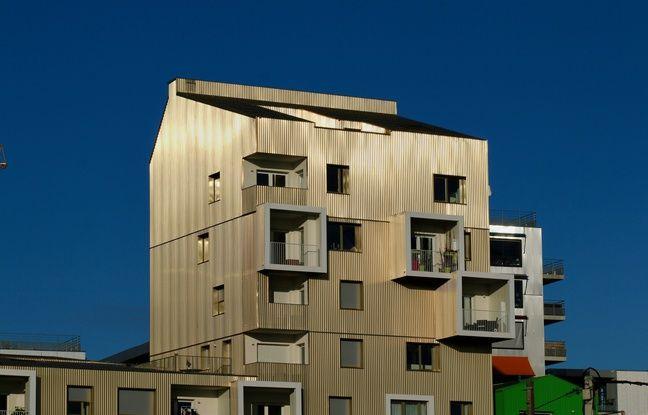 Aux Bassins à Flot, le code couleur de l'urbanisme est censé rappeler la Garonne, et ses reflets.