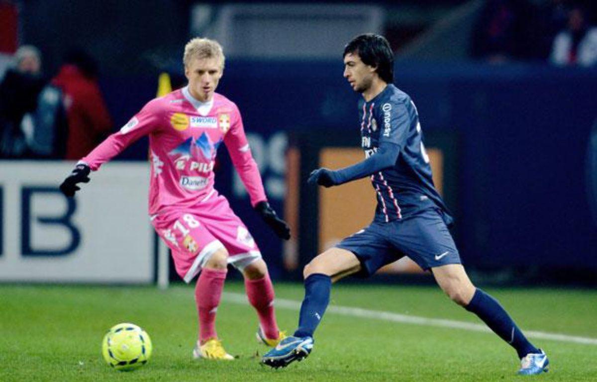 Javier Pastore lors du match entre le PSG et Evian le samedi 8 décembre 2012. – MIGUEL MEDINA / AFP