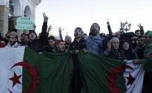 Manifestation à Alger contre un 5e mandat du président Bouteflika, le 22 février 2019.