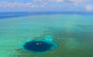 Des chercheurs chinois ont confirmé vendredi 29 juillet 2016 avoir découvert le plus profond trou bleu du monde en mer de Chine.