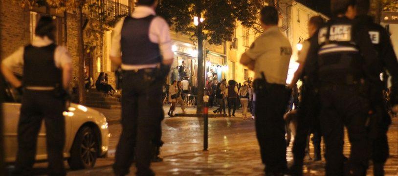 Illustration d'une intervention de policiers de nuit, ici à Rennes.