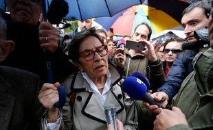 Manifestation contre l arrêt des soins de Vincent Lambert a Reims.