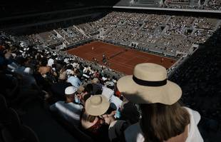 Les spectateurs à Roland-Garros, le mercredi 9 juin 2021, à Paris.
