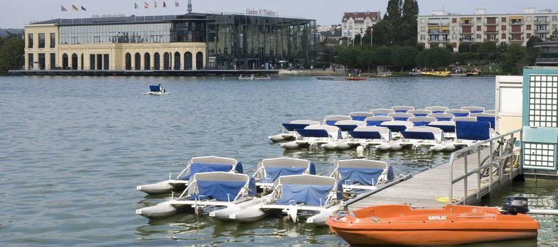 """Cette mortalité piscicole exceptionnelle est une """"première"""" dans le Val-d'Oise, précise la préfecture"""