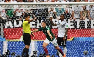 La joie des Mexicains après l'ouverture du score.