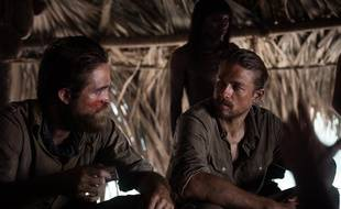 Robert Pattinson et Charlie Hunnam dans The Lost City of Z de James Gray