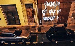 Dans une rue de Marseille.