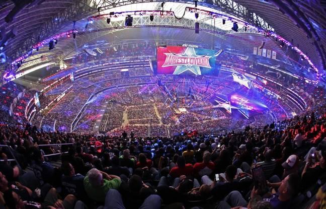 L'Arena principale lors du Wrestlemania 32 à Arlington (Texas, USA)