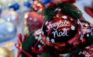Quand on est une famille recomposée, s'organiser pour que tout le monde passe une belle fête de Noël relève parfois de l'exploit et nécessite une bonne dose de souplesse.