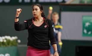 Marion Bartoli sur le central de Roland-Garros lors de sa victoire au 1er tour du tournoi, le 28 mai 2013.