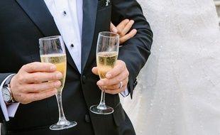 Le jeune couple a été interpellé alors qu'il allait chercher du champagne commandé chez un caviste toulousain. Illustration.