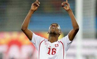 C'est sur qu'après avoir marqué contre l'Espagne en Coupe du monde quand on a pas planté un but de l'année avec Saint-Etienne peut mériter une prière.N'est ce pas GelsonFernandes? (Espagne - Suisse, 0-1, le 16juin2010)