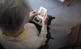 Une femme atteinte de la maladie d'Alzheimer (image d'illustration).
