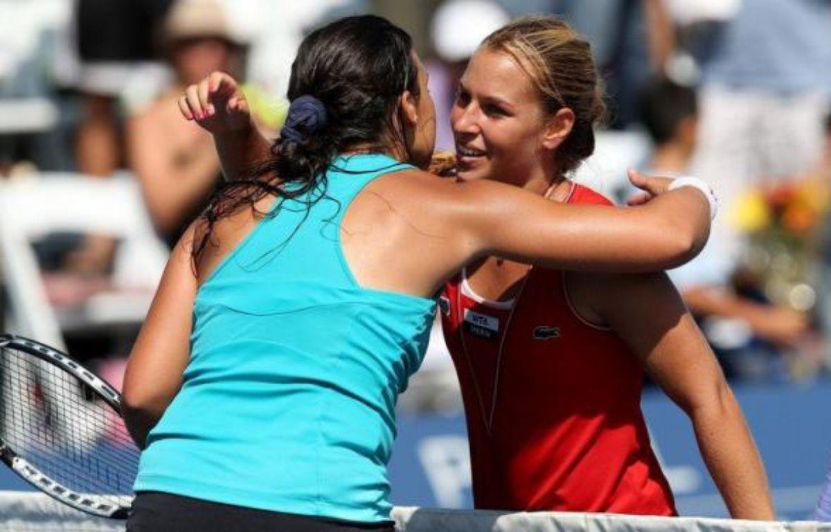 La Slovaque Dominika Cibulkova, 14e mondiale, a remporté le tournoi WTA sur surface dure de Carlsbad en battant en finale la Française Marion Bartoli, 10e mondiale, 6-1, 7-5, dimanche en Californie. – Stephen Dunn afp.com