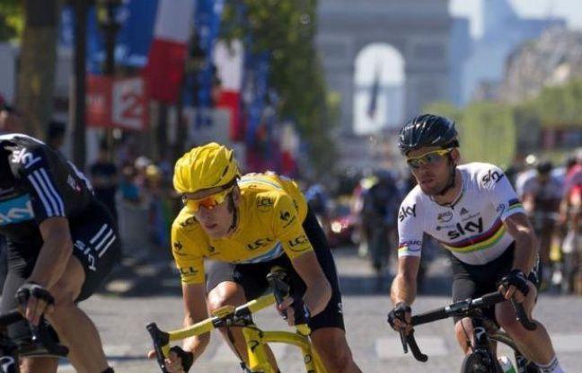 Premier grand pistard vainqueur du Tour de France, Bradley Wiggins a fait triompher pour la première fois les couleurs de l'Union Jack sur les Champs-Elysées, dimanche, au terme d'une course maîtrisée du début à la fin par son équipe Sky.