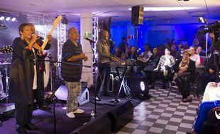 Le groupe Kassav a offert un concert gratuit à des patients à l'hôpital Saint-Antoine mercredi 19 mars 2014.