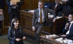 Anne Hidalgo, la maire de Paris, lors du vote au Conseil de Paris relatif à la tour Triangle, le 17 novembre 2014
