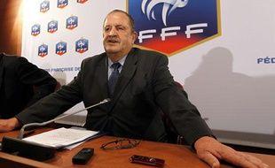 Fernand Duchaussoy après le Conseil Fédéral extraordinaire, le 12 mai 2011
