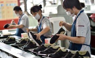 Une usine de fabrication de chaussures en Chine (illustration).