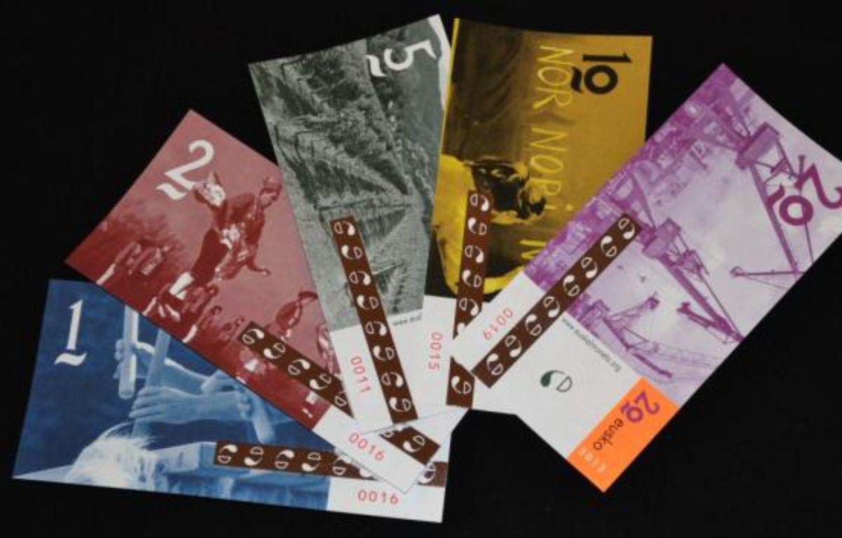 Les cinq coupures d'euskos mises en circulations le 31 janvier 2013. – Miren Iturrioz