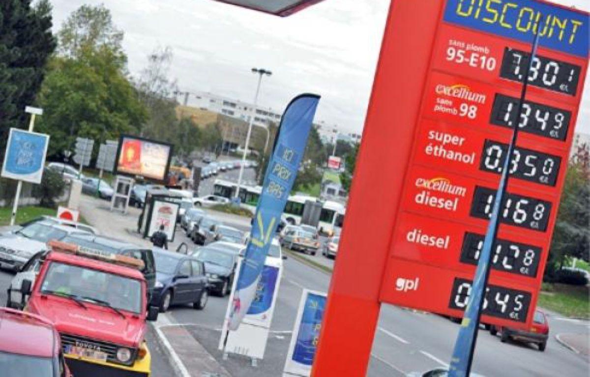En 2010, le prix du gazole a augmenté de 14,4%, celui du sans plomb 95 de 11,3% et celui du sans plomb 11,2%. –  F. ELSNER / 20 MINUTES