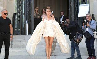 Céline Dion lors de la Fashion Week automne-hiver 2019-2020 à Paris, le 2 juillet 2019.