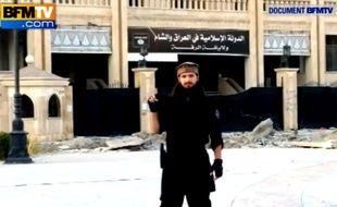 Photo publiée par BFM TV et montrant Abu Abdallah al-Faransi, un Français soupçonné d'être impliqué dans la décapitation de Peter Kassig.