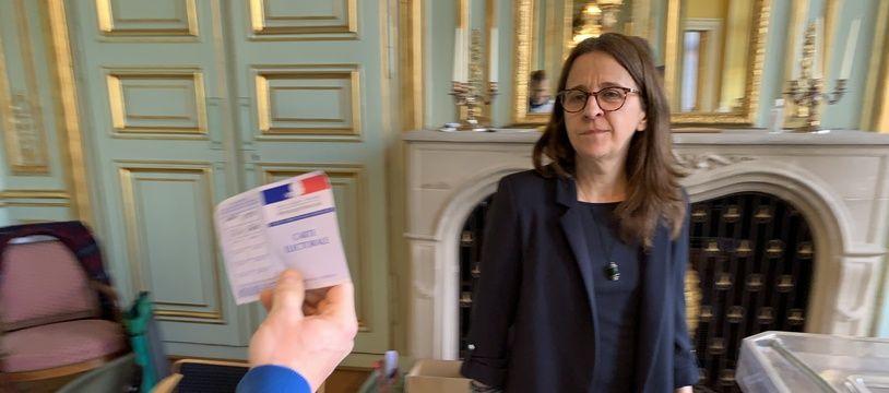 Dans un bureau de vote à Strasbourg, le 15 mars 2020 (illustration)