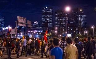Les négociations entre le gouvernement et les étudiants québécois pour trouver une issue au conflit sur les droits de scolarité ont été rompues jeudi à Québec.