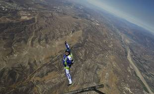 L'Américain Luke Aikins s'est jeté dans le vide au dessus de la Simi Valley (Californie) sans parachute, le 30 juillet 2016.