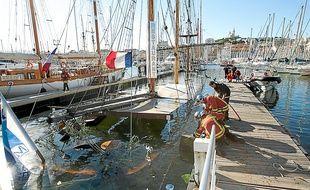 Le bateau-restaurant a coulé dans le Vieux-Port le 11 septembre.