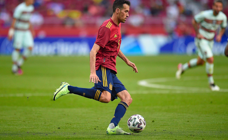Le capitaine de l'Espagne Sergio Busquets lors du match amical contre le Portugal, le 4 juin 2021 au Wanda Metropolitano de Madrid.