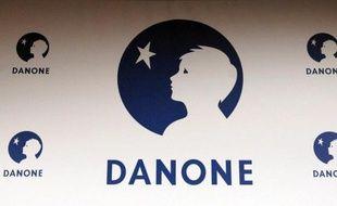 Des salariés d'une usine Danone en Isère, qui avaient attaqué en justice leur employeur pour lui demander la traduction en français d'un logiciel informatique écrit en anglais, ont obtenu gain de cause, a-t-on appris vendredi auprès du Tribunal de grande instance de Vienne.